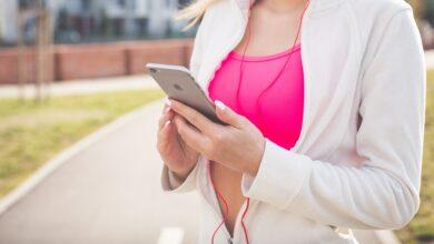 Photo of Mity na temat smartfonów, w które dużo osób wierzy
